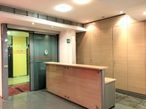 Via Valadier – uffici in affitto 4°piano