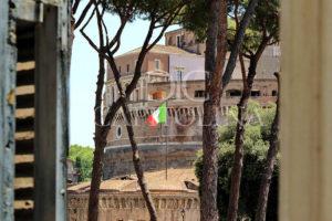 Piazza Adriana/Castel Sant'Angelo: rara opportunità