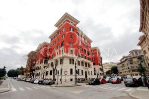 Piazza Mazzini - via Fulcieri Paulucci de' Calboli: rara occasione